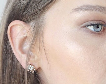 Vintage Small Clear White Rhinestone Gold Pierced Earrings , Gold Bridal Crystal Earrings, Gold Earrings, Cluster Earrings, Bridesmaids