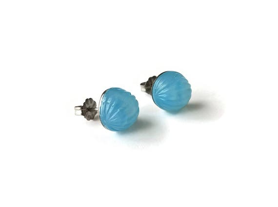 Baby blue stud earrings - Hypoallergenic pure titanium and acrylic