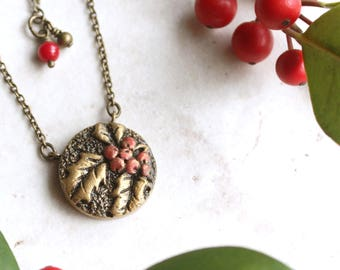Holly Necklace, Gold Holly Leaf Pendant, Silver Holly Berry Charm, Red Berry Necklace, Botanical Jewelry, Holly Jewellery, Winter Necklace
