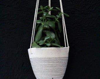 Hanging Planter in Darkest Grey