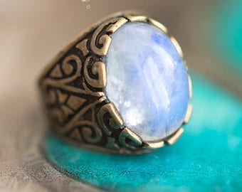 Calypso pattern Art - Moon stone ring