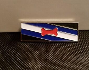 Trainer/pup Pride Pin