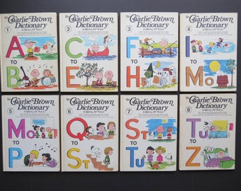 Vintage Charlie Brown Dictionary Set // Collection of Illustrated Children's Dictionary Books Charles M. Shulz Peanuts Gang Comic Cartoons