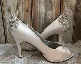 Custom Couture Bridal Pump Peep Toe Platform Crystal Rhinestone Crusted Heel Brooch Front