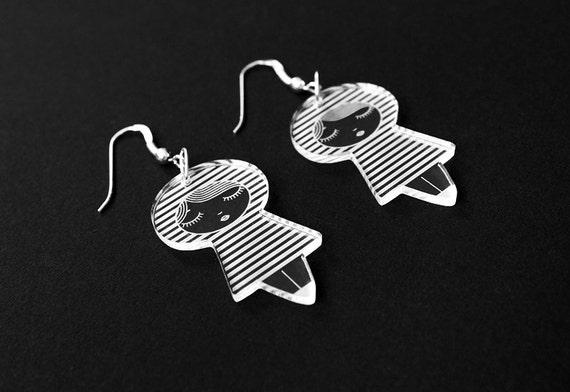 Doll earrings with striped pattern - cute matriochka jewelry - kawaii kokeshi jewellery - sterling silver findings - lasercut clear acrylic