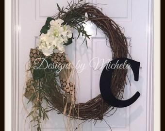 Vine Monogram Wreath V2, BR145