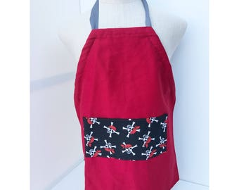 Adjustable apron with pirate skull pocket