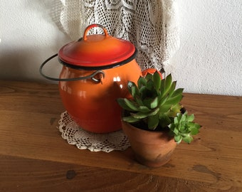 French Emailleware pot with handle and lid, garden decor, decor of 20s