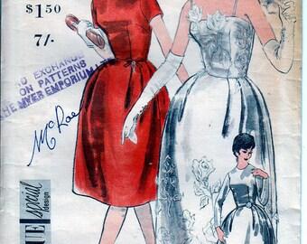 1960s Vintage VOGUE Sewing Pattern Wedding Dress Ladies Bridal Evening Dress Size 10 Bust 32