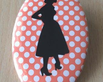 badge / brooch vintage silhouette fashion 22