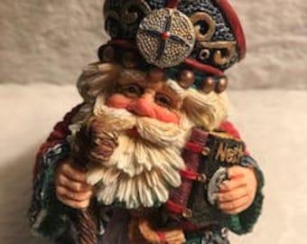 Rare Vintage Crinkle Claus Netherlands Santa Figurine #659102