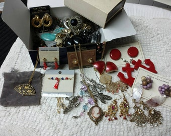 Blue box Ready to Wear mixed  Colors Jewellery Lot