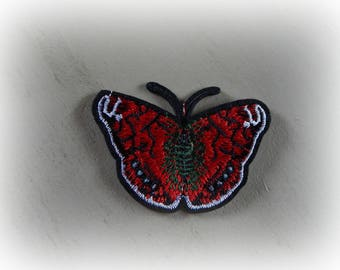 1 patch fusible patch / applique Butterfly in shades of red, green and Black 8.6 * 5.5 cm