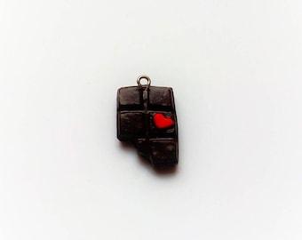 x 1 bitten chocolate heart charm
