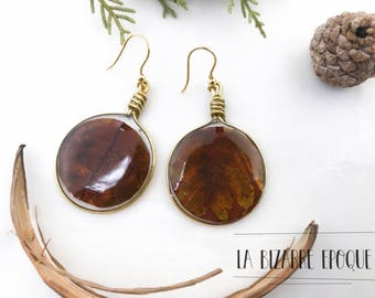 Pendant earrings with genuine apricot leaf, autunalli jewels and bucolic-for nature-loving women-resin jewellery