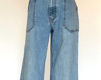 Women's Vintage Levi's High-Waisted Flare Jeans
