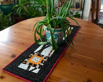 Modern decorative quilted table runner