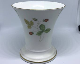 Wedgwood Wild Strawberry Trumpet Posy Vase, Classic Home, Fine Bone China Vase,