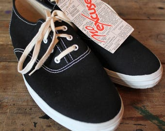 Vintage NOS Dead Stock Shoes | No Excuses | Keds Style | Size 10 Mens US