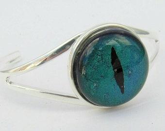 Blue/green dichroic glass Dragon eye bracelet