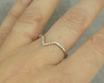V Ring, Chevron Diamond Ring, 14k Gold Ring, Triangle Ring, Diamond Engagement Ring, Delicate Ring,Simple Anniversary Ring, stackable ring