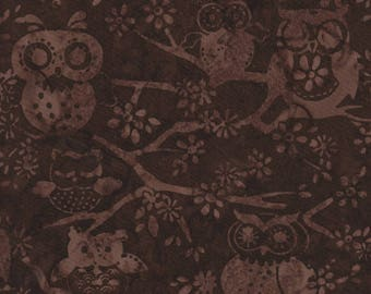 Hoffman Fabrics Bali Batiks 2737 6 Brown Owls on Branch By The Yard