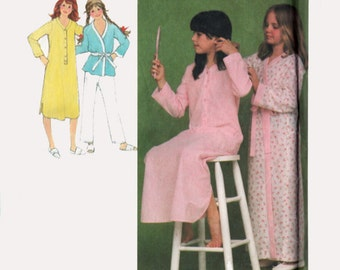 Vintage 1970s Girls Nightshirt, Wrap Robe and Christmas Pajamas Sewing Pattern Simplicity 9249 70s Sewing pattern Size 7/8 UNCUT