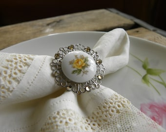 Sale Item-Country Rose
