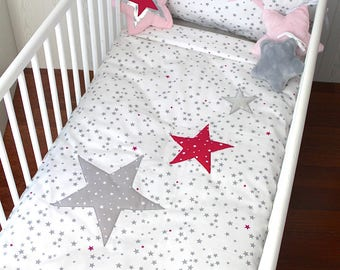 Baby quilt cover, white with grey and fuchsia stars