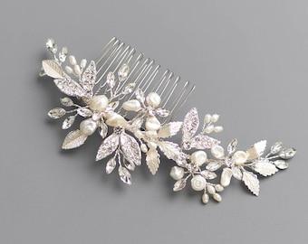 Freshwater Pearl Hair Comb, Floral Bridal Hair Comb, Floral Wedding Hair Comb, Pearl Bridal Headpiece, Wedding Headpiece, Floral Comb - 7011