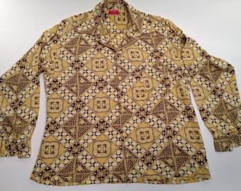 1940's Hawaiian//ALOHA//Cotton/Rayon Shirt// Loop Collar // from Honolulu// Mens LARGE