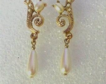Vintage Gold Pearl Earrings, Pearl Drop Earrings, Dangle Earrings, Fashion Jewelry, Boutique, Accessories