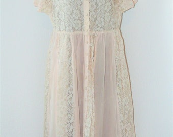 Vintage 1980s Pink & Lace design Dress by Together in size 8