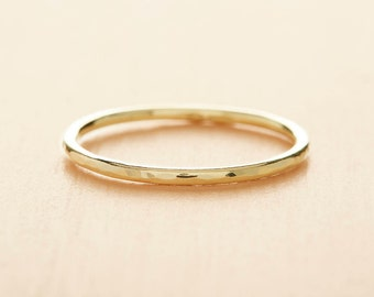 18ct Gold Ring - Yellow Gold Wedding Band - Solid 18ct Gold Wedding Ring - Skinny Wedding Ring - Hammered Gold Band