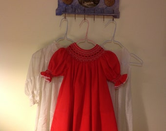 Handmade girls Smocked Bishop Dress Christmas Red 35.00+