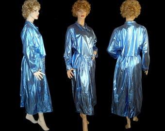 1970s sparkly metallic blue lurex satin trenchcoat - One size Small Medium Large shiny 70s disco glam belted raincoat coat Sass Made in USA