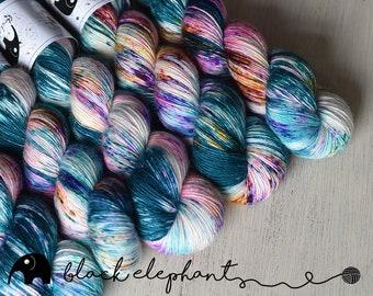 Salvation fingering yarn  superwash merino single ply yarn speckled yarn teal hot pink green orange violet 100g