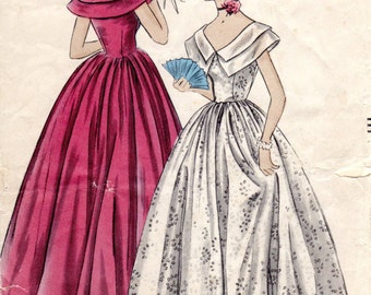 1940s Juniors Evening Dress Pattern - Vintage Vogue 3265 - Size 9