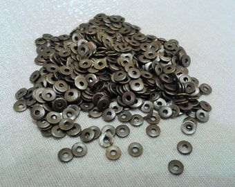 800 Pcs Antique Bronze  3 mm Round Disc, Small Connector , Findings