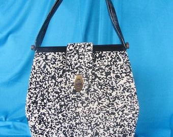 1950s Black & White Novelty Handbag ......... Quite a CUPCAKE!