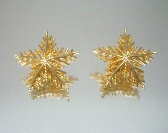 Snowflake Earrings Gold Tone Snow Flake Vintage Jewelry Gorgeous *