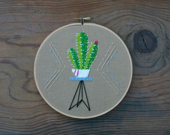Cactus Plant Embroidery Hoop (7-inch diameter)