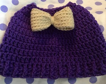 Crochet messy bun hat with bow