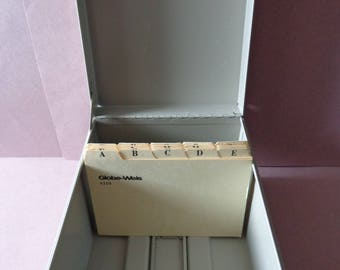 Vintage Metal Card File Box Taupe color comes with Globe Weis cards 4256