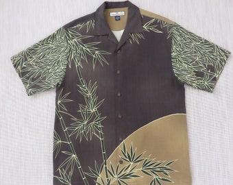 TOMMY BAHAMA Shirt Hawaiian Shirt Men Tiki Bamboo Forest Copyrighted Print 100% Silk Aloha Shirt RELAX Fit Camp - S - Oahu Lew's Shirt Shack