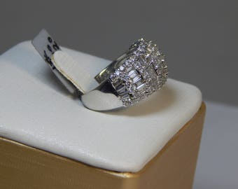 Admirable 18K WHITE Gold Ring  8.1G  Diamond 2.00CT