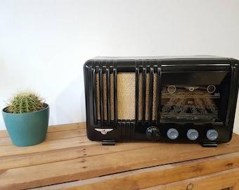 Vintage Aviator model Radio