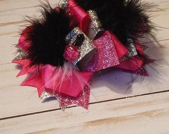Pink and black nail polish loopy bow