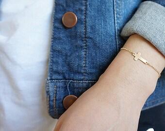 Gold Filled Cross Bracelet, Minimalist, Gold Layering Bracelet, Simple Gold Cross Bracelet