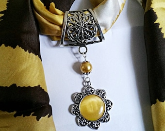 """scarf """"Sunflower"""" bail and silver Floral pendant cabochon cat's eye jewel and Pearl yellow with gold"""